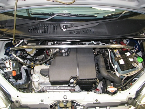 フロントストラットバー typeSTD SZ0550-FTS-00