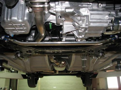 フロントロアアームバー  SZ0750-LOF-00 M/T車のみ